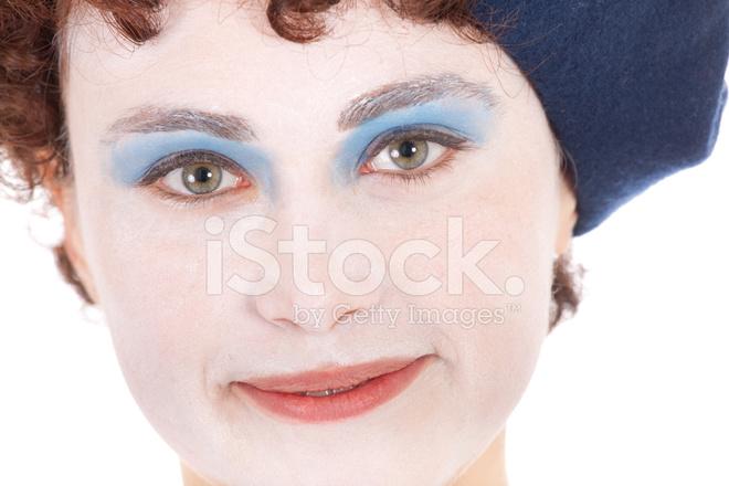 Genç Kadın Giyen Yüz Boyama Gülümseyen Stok Fotoğrafları