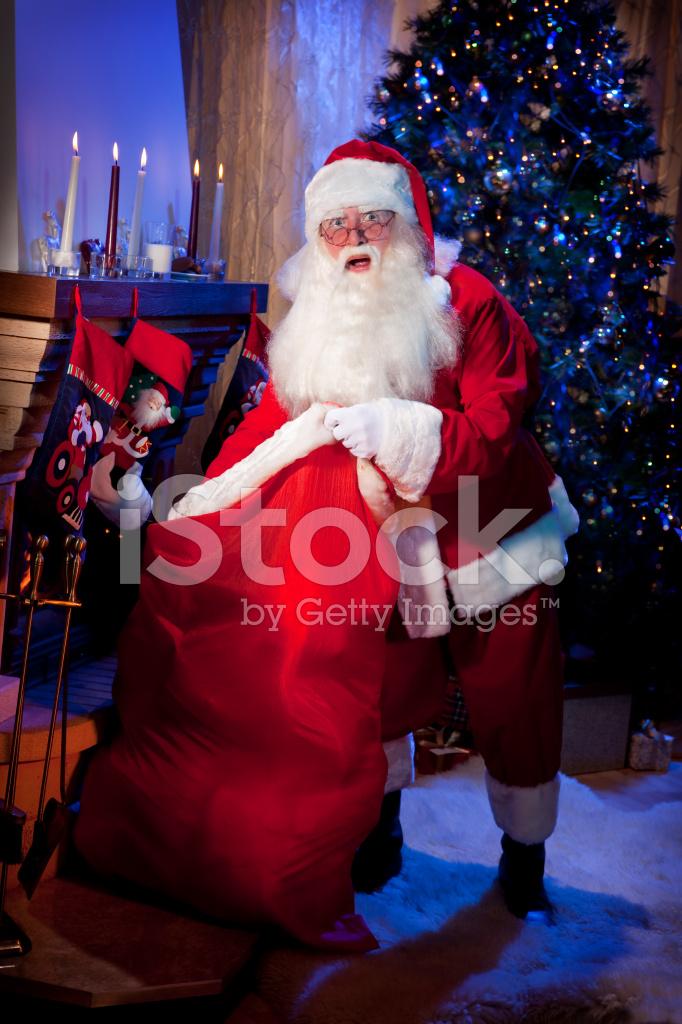 Klassische Santa Stehend MIT Eine Große Tüte Stockfotos - FreeImages.com