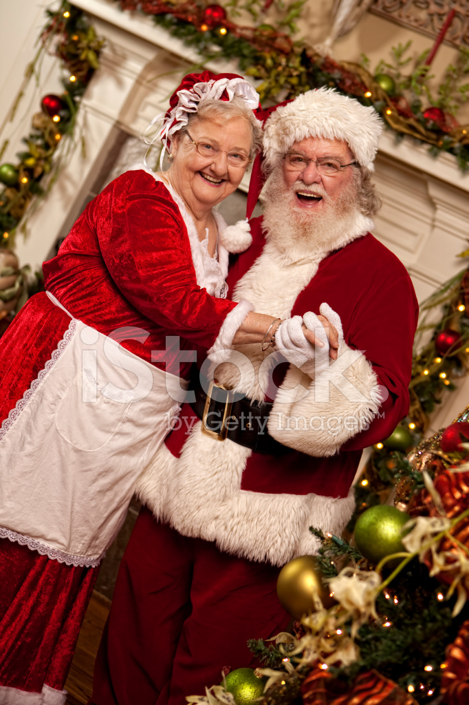Pictures Of Real Santa Dances With Mrs Claus