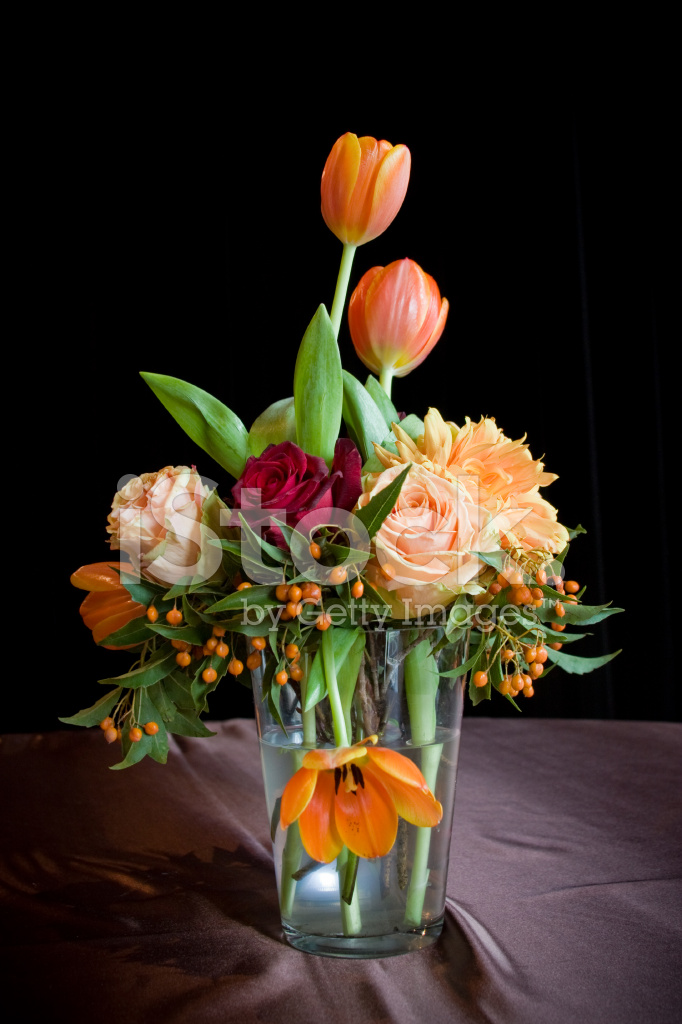 Arreglo Floral Elegante Fotografías De Stock Freeimagescom