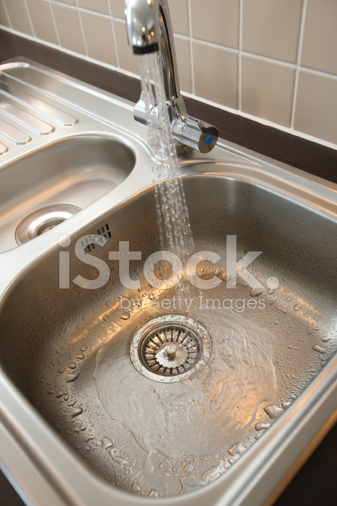 Kitchen Sink With Running Water Stock Photos Freeimages Com