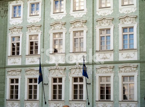 Fasada Budynku W Neoklasycznym Stylu Zdjecia Ze Zbiorow Freeimages Com