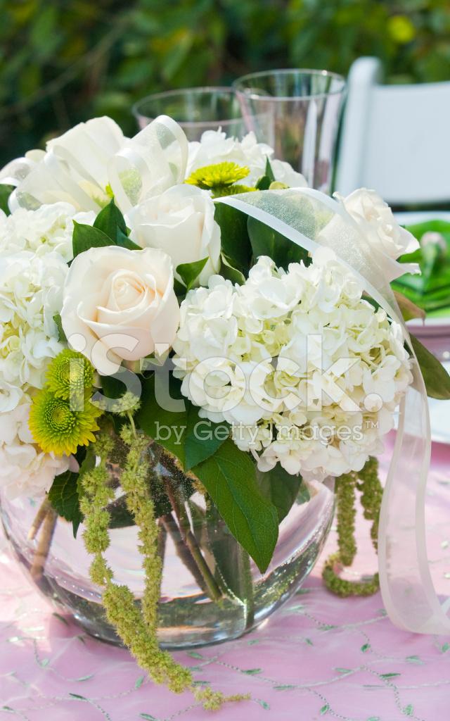 Weiße Blumen Tisch Bouquet Stockfotos - FreeImages.com
