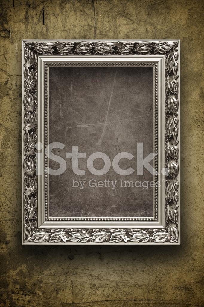 Oscura, Grunge DE Pared Con Marco DE Plata Fotografías de stock ...