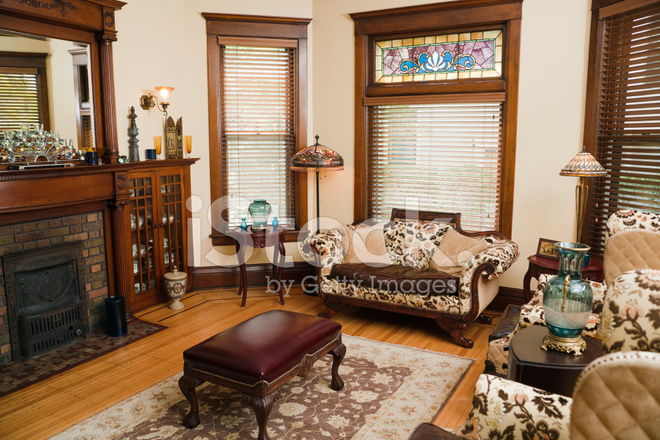 Victorian Style Living Room, Old Fashioned, Antique Domestic ...