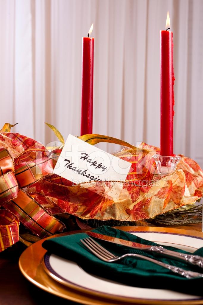 Premium Stock Photo Of Thanksgiving Tabelleneinstellung MIT Kerzen UND  Herzstück