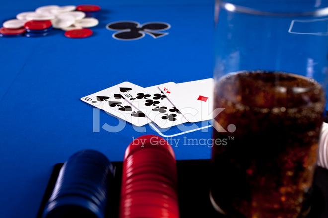 азартные игры в покер