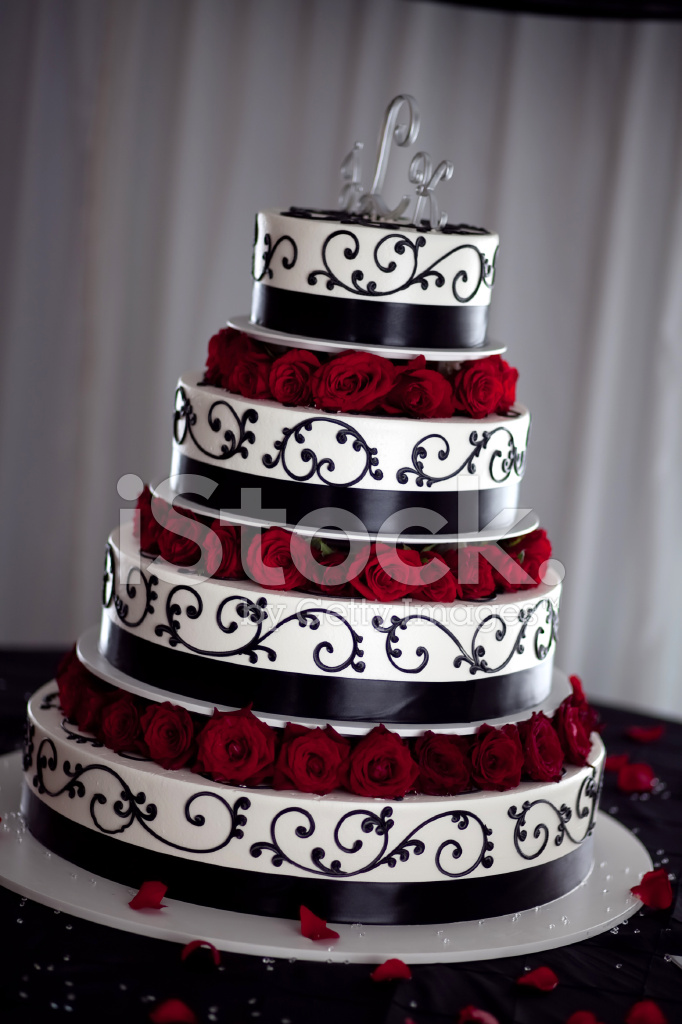 red and black wedding cake images g 226 teau de mariage noir blanc et photos freeimages 19067