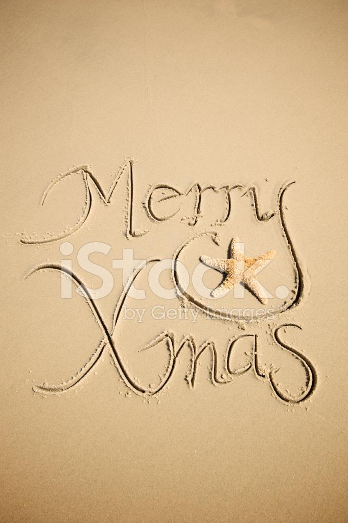 Frohe Weihnachten Nachricht Im Sand W Seestern Stockfotos ...