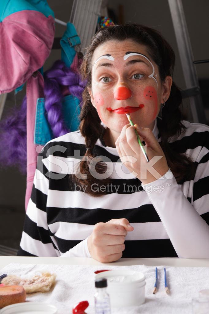 Hip Flexor Pain: Putting On Clown Makeup Meme