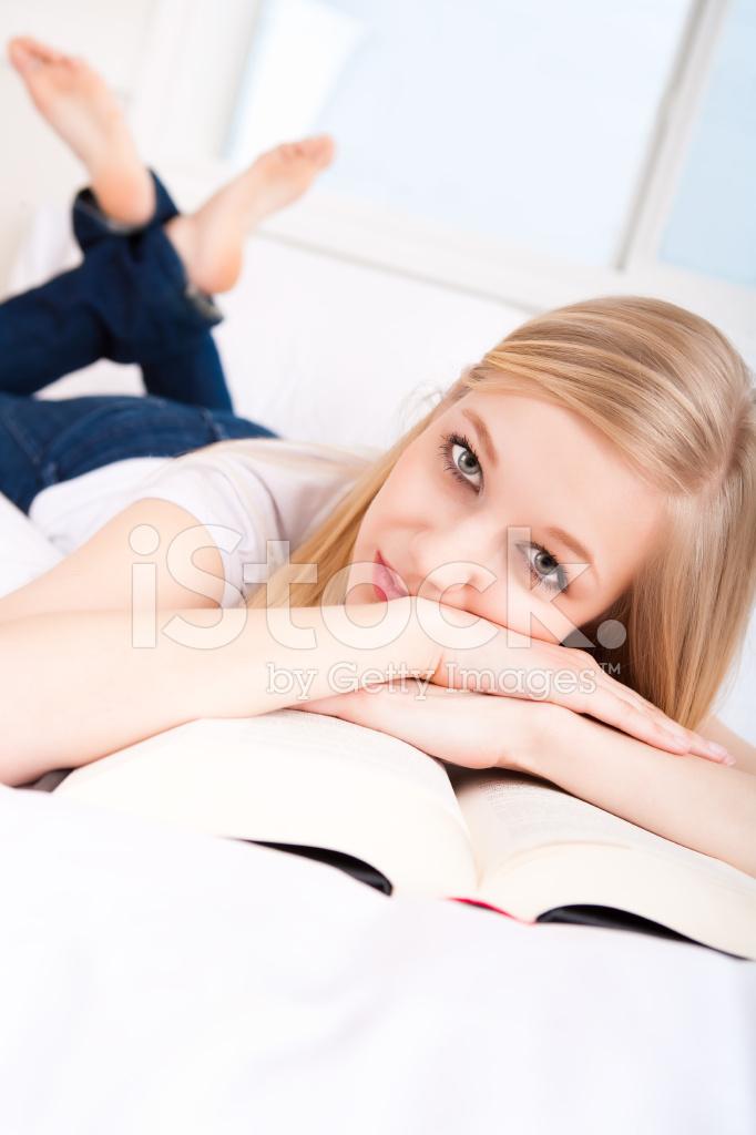 картинки студенткой с директором в кровати воды два