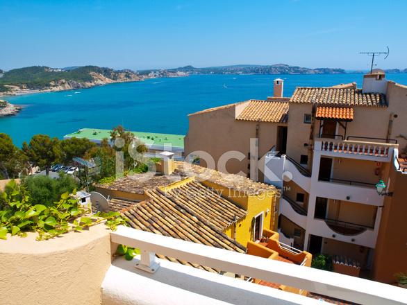 Landelijk Huis Nyc : Balkon in een landelijk huis mallorca stockfoto s freeimages