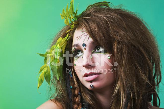 Yüz Boyama Ile Genç Kadın Stok Fotoğrafları Freeimagescom