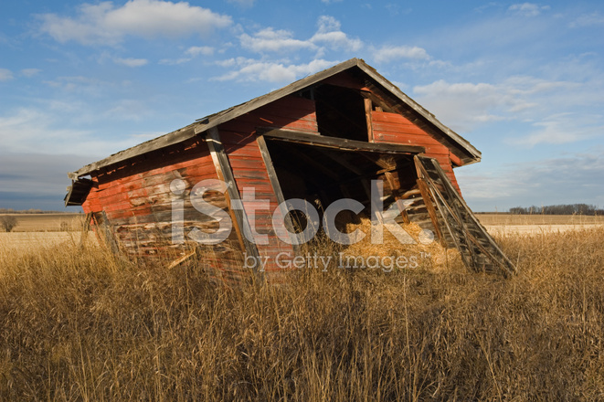 leaning shed stock photos freeimages com