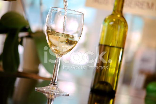 Белый налив вино