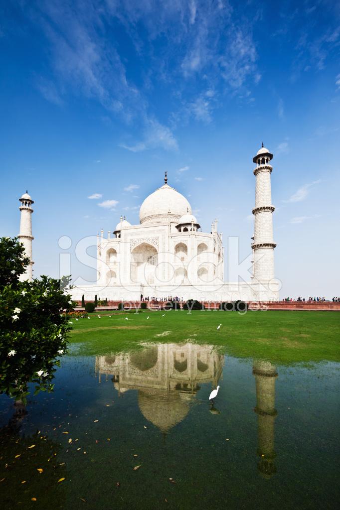 Taj Mahal Design Cake