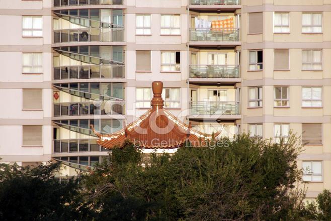中国の屋根、都市アパートの建物、夕日、シドニー