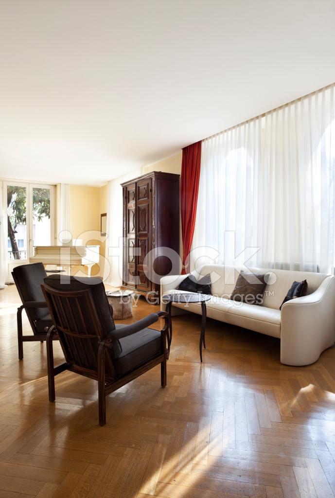 Haus, Schönes Wohnzimmer Klassische Möbel Stockfotos ...