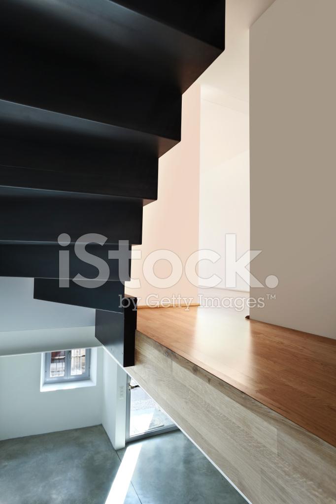 Schone Moderne Loft Innen Treppen Anzeigen Stockfotos Freeimages Com