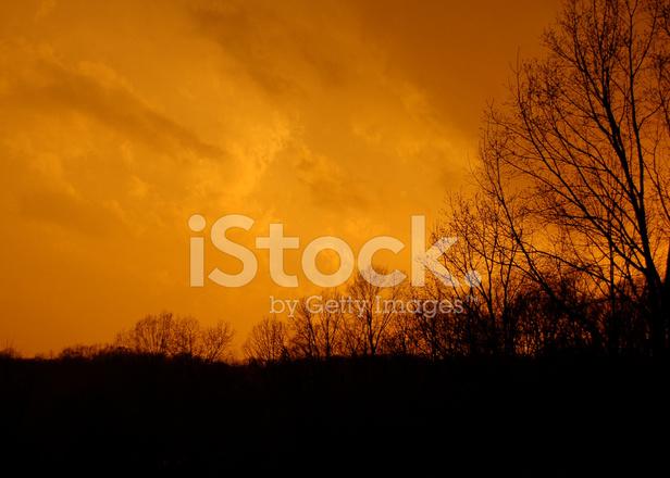 Cielo Rosso Di Notte.Cielo Rosso Di Notte Fotografie Stock Freeimages Com