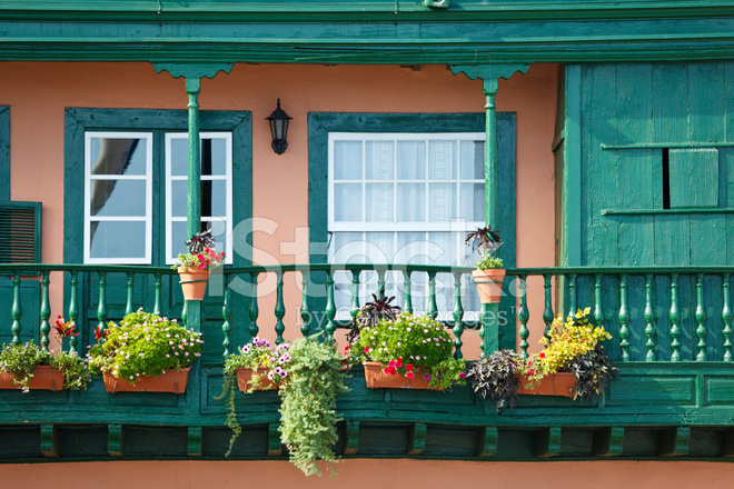 colorful balcony in santa cruz la palma