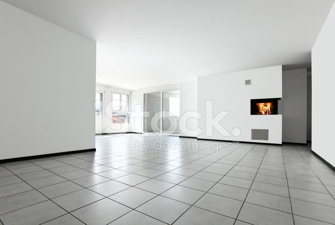Neue Wohnung Leerer Raum Mit Weissen Fliesen Boden Stockfotos