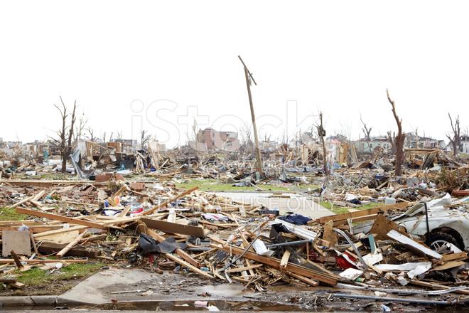 Joplin Missouri Deadly F5 Tornado Debris stock photos ...