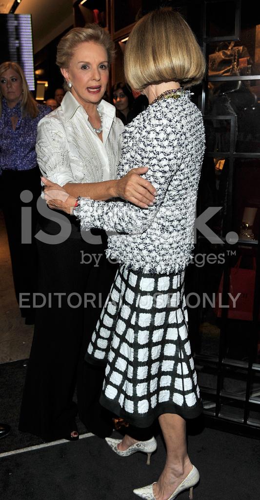 c5ae1a78d55a6 CH Carolina Herrera Otwarcie Sklepu New York NA Fashion Night OU ...