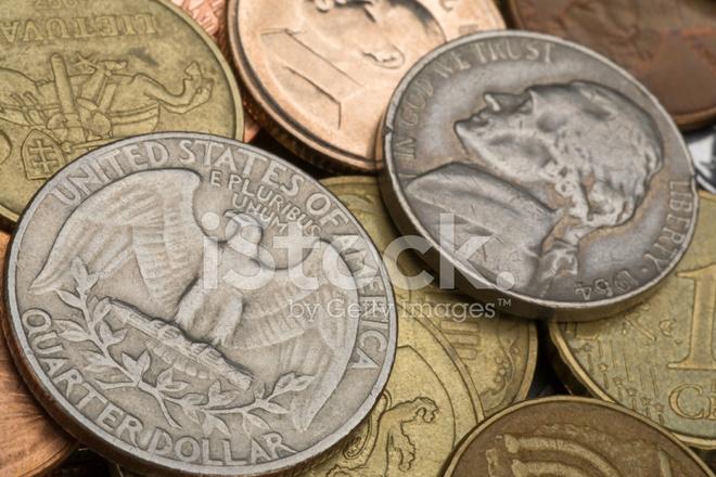 Старые американские монеты стоковые фотографии - freeimages..