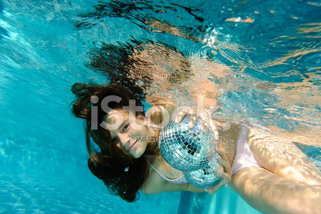 Underwater swimming pool sex movies free downloads