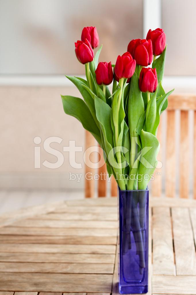 Dekoracji Wnętrz Wazon Czerwony Kwiaty Na Stół Ogrodowy