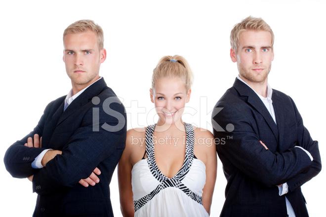 Двое мужчин и женщины