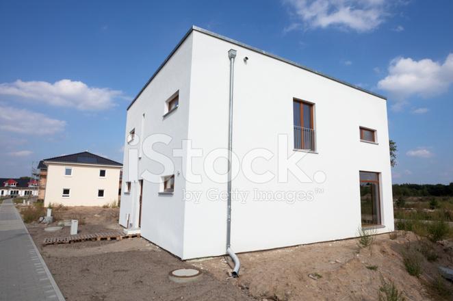 Nieuwe moderne Één familie huis stockfoto s freeimages