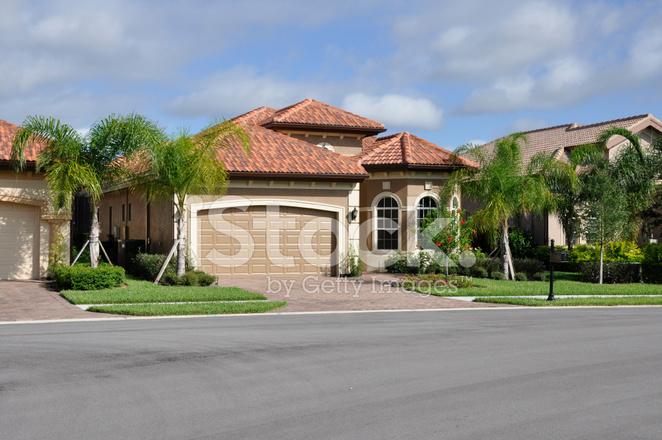 Typische moderne huis in florida stockfoto s freeimages