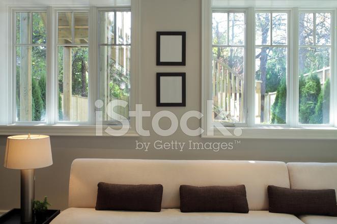 Luxe Woonkamer Van Een Nieuwe Noord Amerikaanse Huis Stockfoto\'s ...