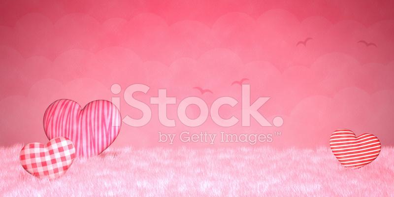 Cuoricini Carini Su Uno Sfondo Rosa Fotografie Stock Freeimagescom