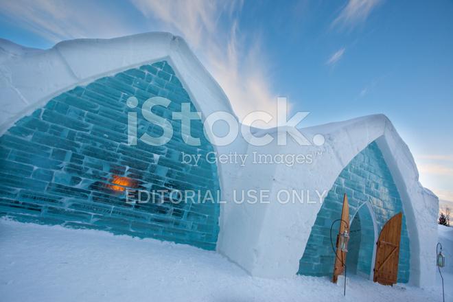 Quebec city ice hotel stock photos for Design hotel quebec city