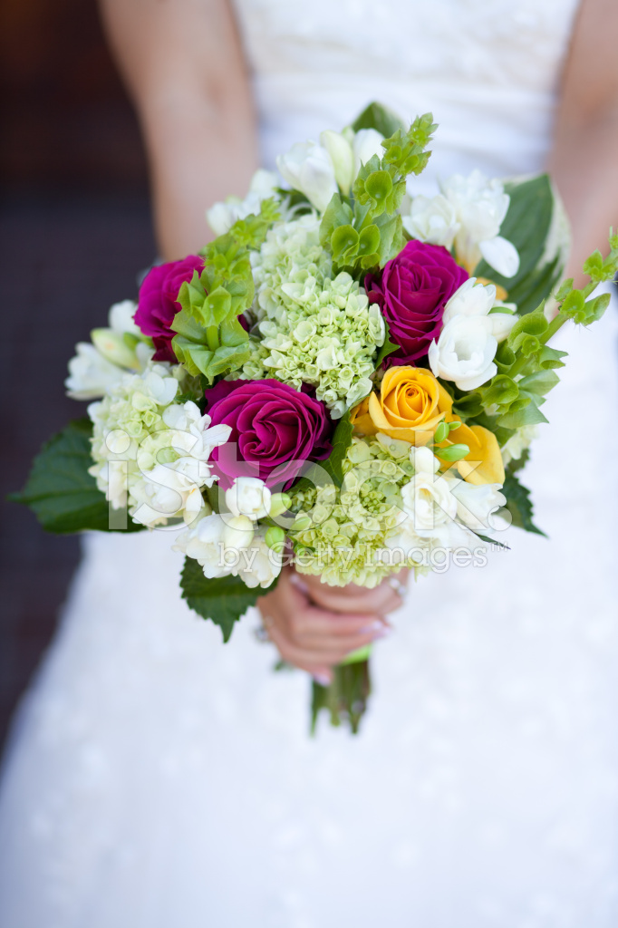 Bouquet Colorati Sposa.Bouquet Da Sposa Colorati Fotografie Stock Freeimages Com