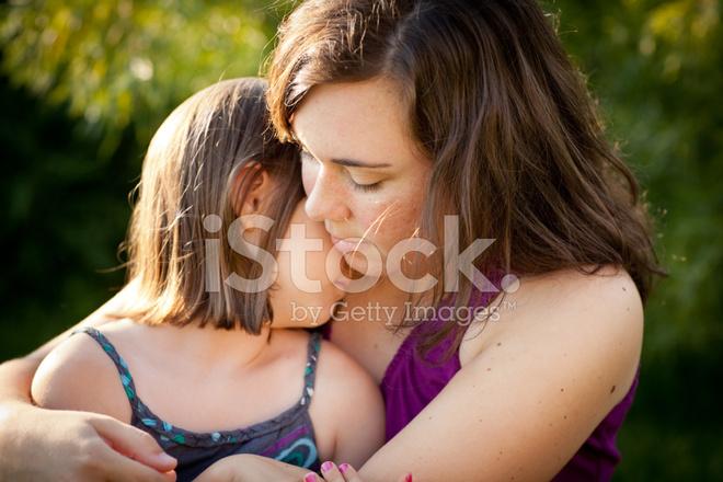 Регистрации смс дочь без лисбиянки мама онлайн утешила смотреть и