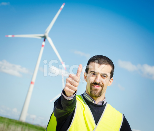 Caucasian Engineer Supervisor Vor Power Turbine Lager Daumen Hoch ...