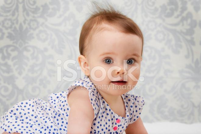 Meisje van de baby stockfoto s freeimages