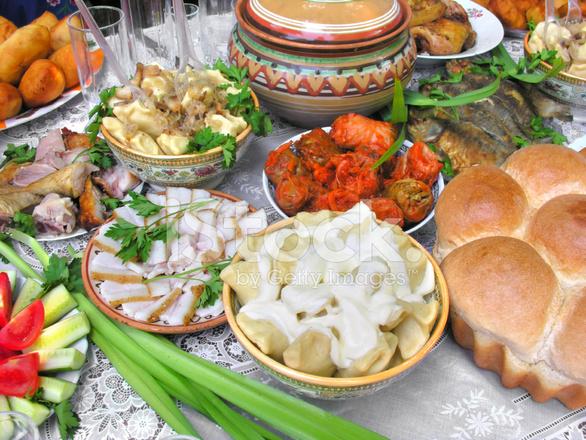Ukrainische Küche | Traditionelle Ukrainische Kuche Im Sortiment Stockfotos Freeimages Com