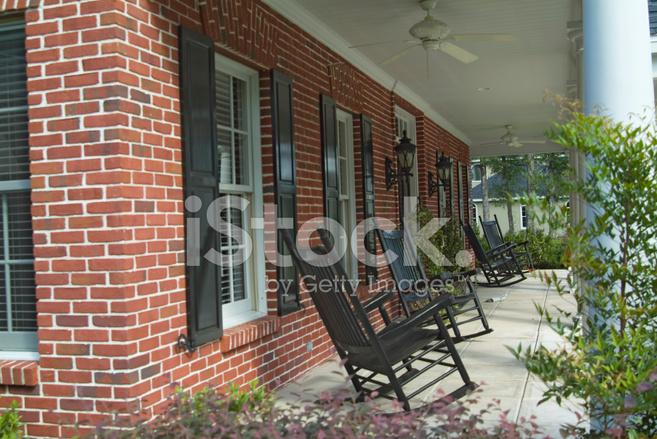Le Porche De La Maison nouveau porche de la maison de style colonial photos - freeimages
