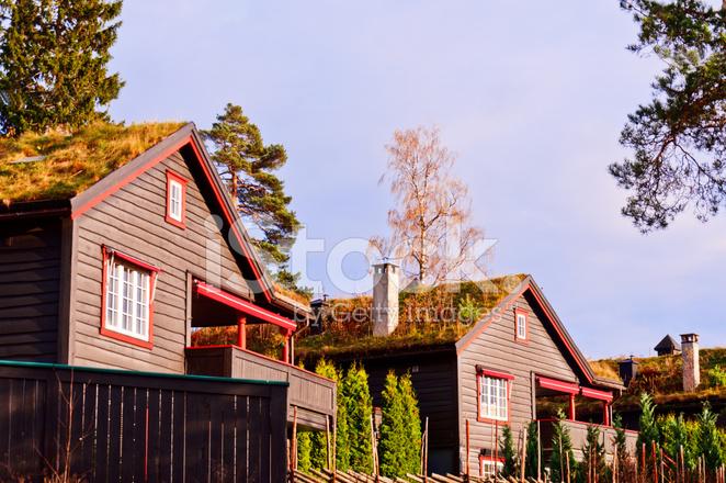 Landelijk Scandinavisch Zomerhuis : Scandinavische huizen stockfoto s freeimages