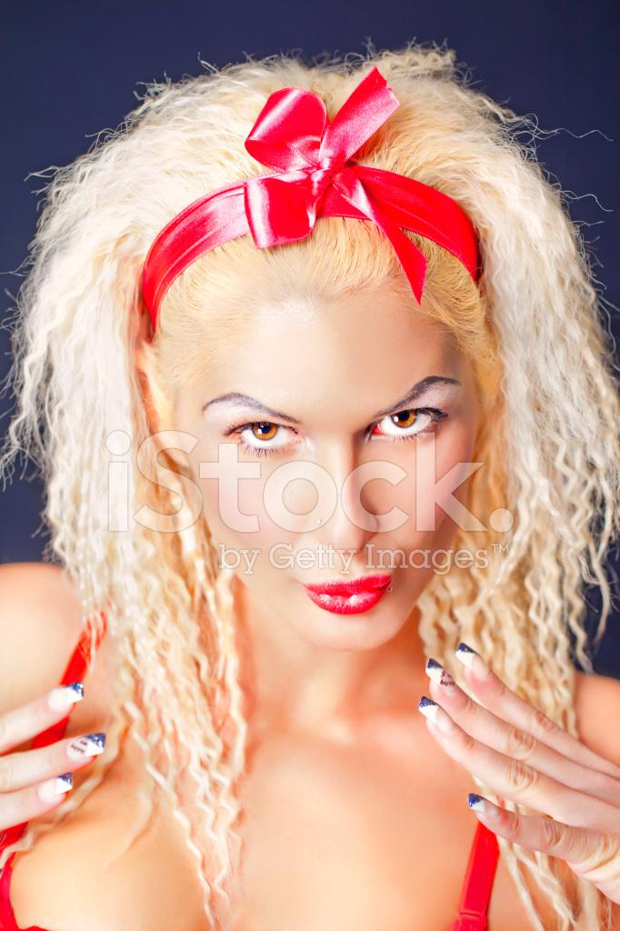 c6275e8631047c Pin UP Schoonheid Portret Stockfoto s - FreeImages.com