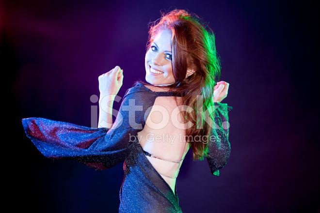 c0f353b09d07 Vacker Ung Kvinna Dans Under Disco Ljus Stockfoton - FreeImages.com