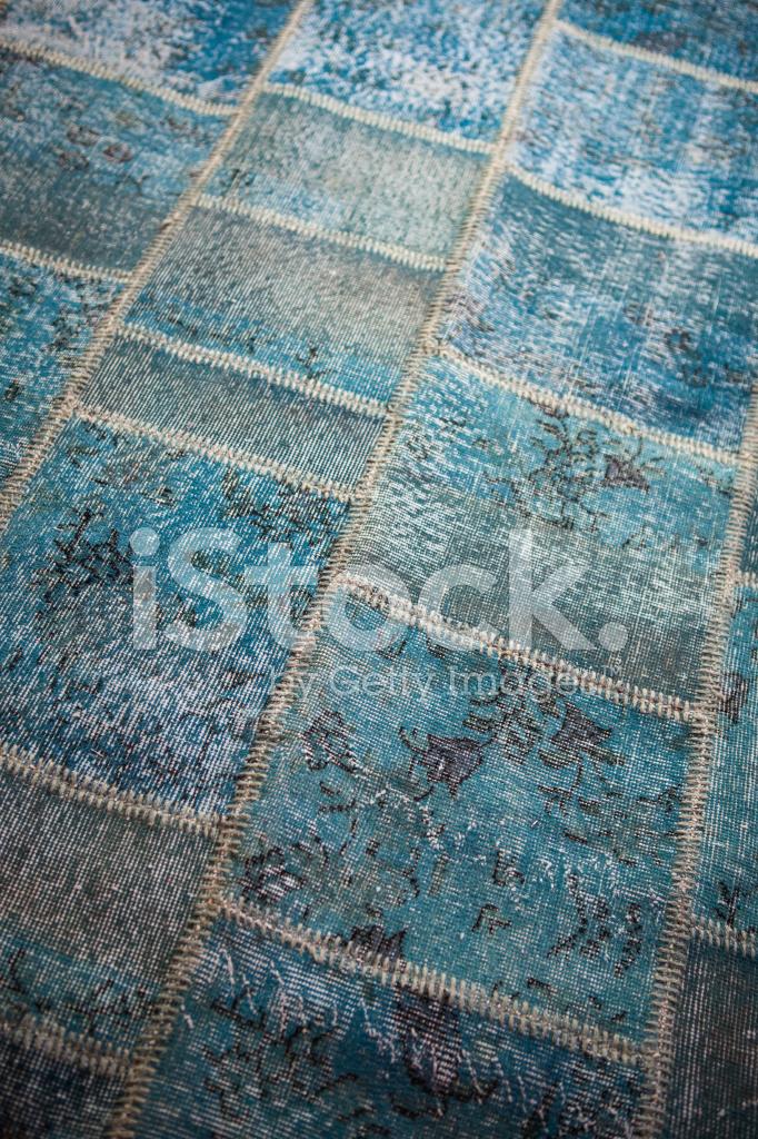 What Colors Go Good With Blue Carpet Vidalondon