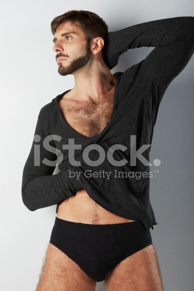svart håriga bröst stor svart kuk masterbating
