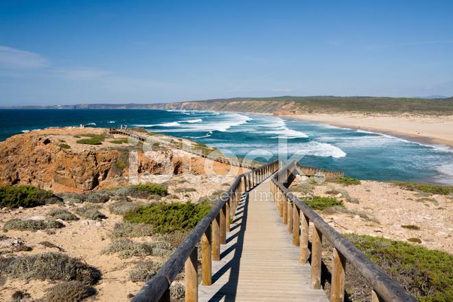 在葡萄牙的阿尔加维沿海普拉亚 Da Bordeira 海滩路径 照片素材 Freeimages Com