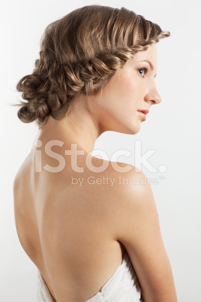 Portrat Der Jungen Frau Mit Zopf Frisur Stockfotos Freeimages Com